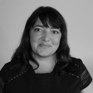 Black and White Headshot of Suzanne Stone
